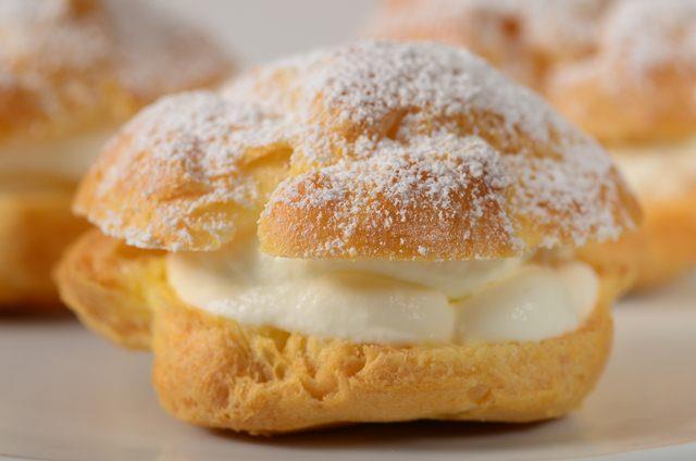 cream puff Mistress Daphne 1-800-601-6975